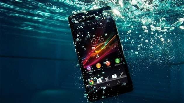 Telefonunuz Suya Düşürse Hemen Bunu Yapın!