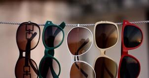 Doğru güneş gözlüğünü seçmenin yolları