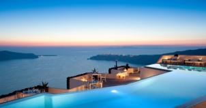 Sonsuzluğa Yüzmek İsteyeceğiniz Dünyanın En Şatafatlı 20 Havuzu