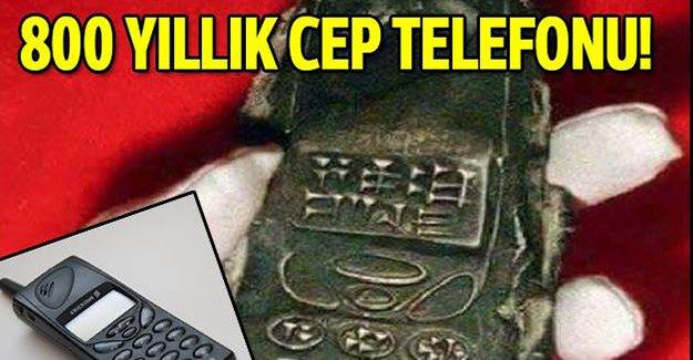 800 yıllık cep telefonu Ericsson 888 mi?