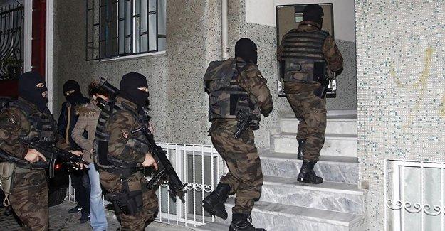 3 Rus Gözaltına Alındı
