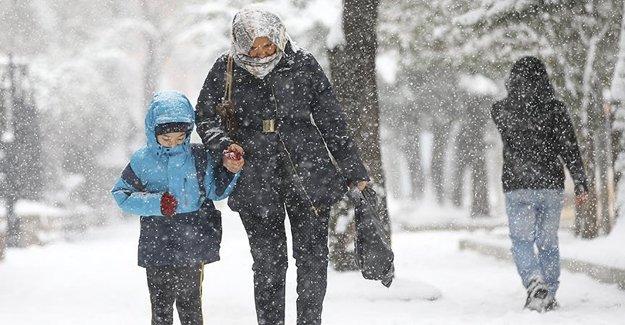 Ankara'da Bugün Okullar Tatil Mi?