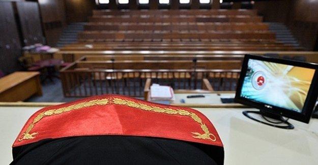 Usulsüz Dinlemede 18 Tutuklama İstemi