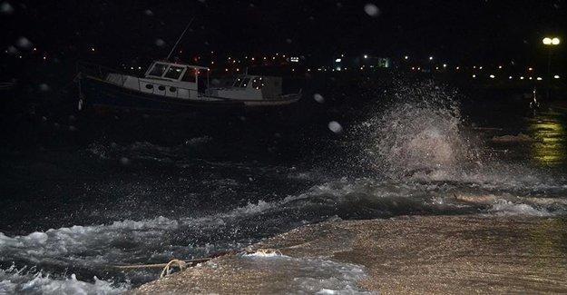 Balıkesir'de Şiddetli Lodos