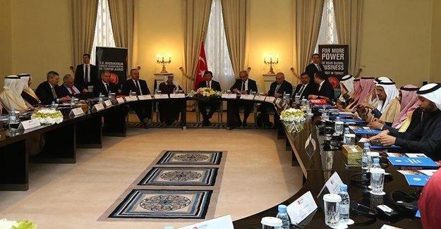 Başbakan Suudi Yatırımcılarla Toplandı