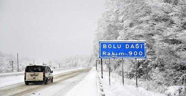 Bolu Dağı 'Kar'a Teslim Oldu