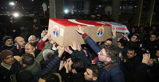 Küçük'ün Cenazesi İstanbul'a Geldi