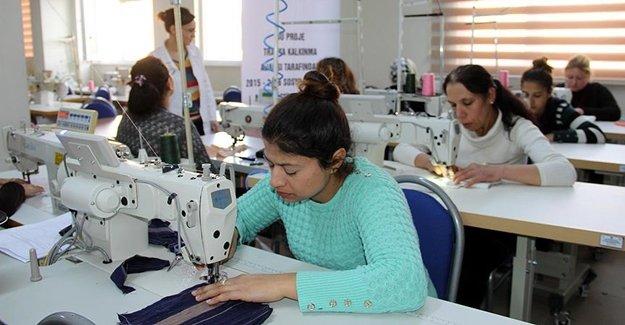 Roman Kadınlara İş Garantili Kurs