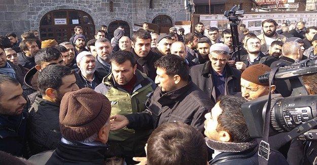 Sur'da Vatandaş Büyük Tepki Gösterdi