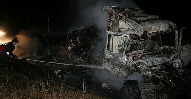 TEM Otoyolu'nda TIR Yangını Korkuttu