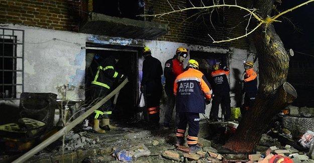 Yangında Ev Çöktü, Ev Sahibi Aranıyor