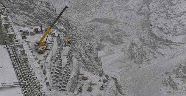Yusufeli Barajı'nın Yapımı Tüm Hızıyla Devam Ediyor