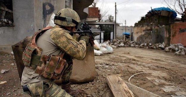 12 PKK'lı Tesirsiz Hale Getirildi