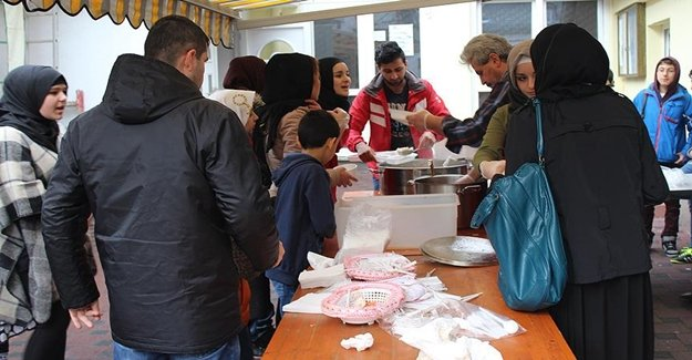 Avrupa'da Sığınmacılar İçin Bakın Napılıyor