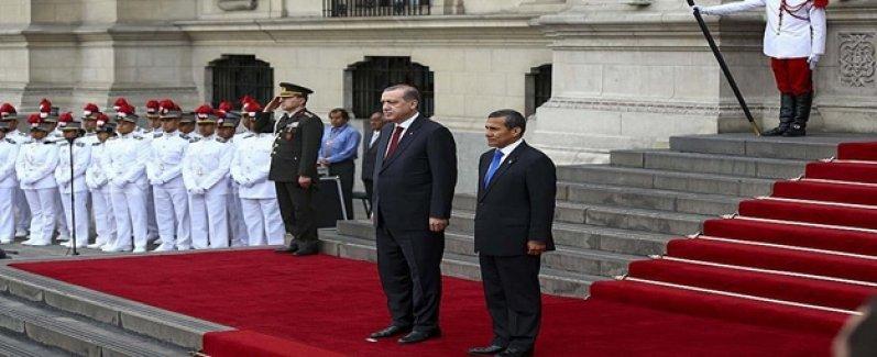 Cumhurbaşkanı Peru'da