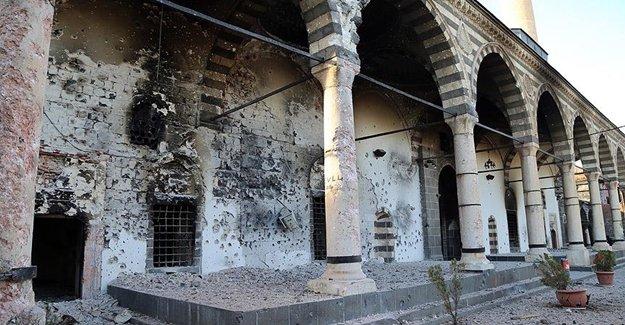 PKK Sur'da Tarihi Yerlere Zarar Veriyor