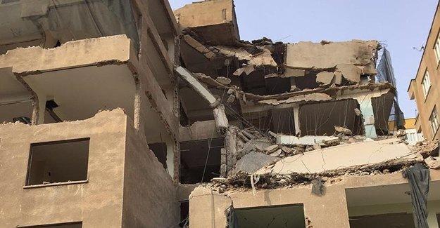 Şanlıurfa'da Apartman Yıkımında Büyük Tehlike