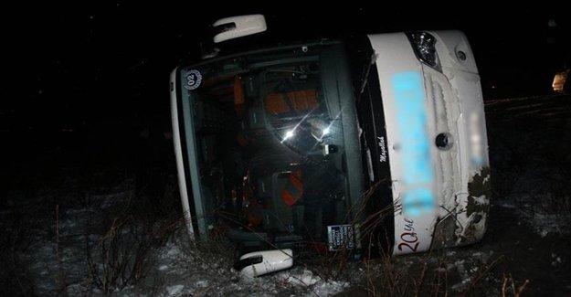 Sivas'ta İnanılmaz Otobüs Kazası Yaşandı
