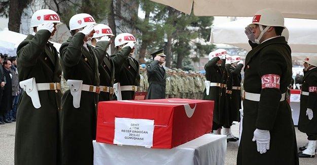 Sur'da Şehit Olan 5 Askere Tören Düzenlendi