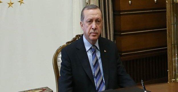 """""""300 Şehit Verdik Ama..."""""""
