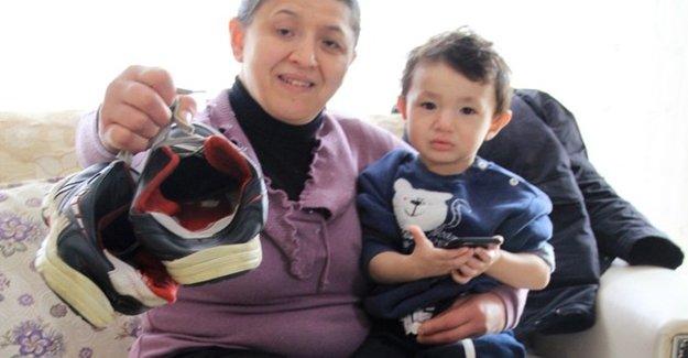 31 Yıl Sonra İlk Kez Ayakkabı Giydi