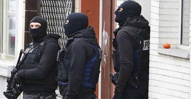 Brüksel'de Silah Sesleri!