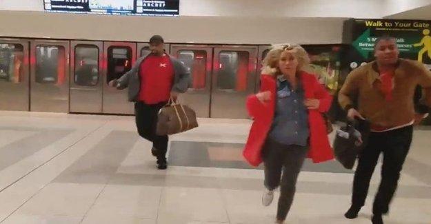 Bu Kez De ABD'de Bir Havalimanı Boşaltıldı