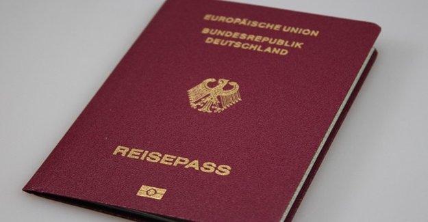 Bu Pasaportun Sahipleri Çok Şanslı