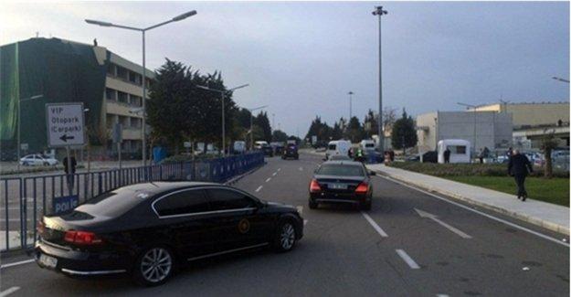 Davutoğlu, Çipras'la Birlikte İzmir'de