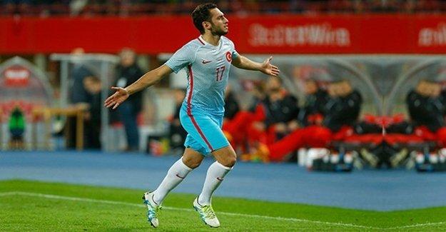 Hakan Çalhanoğlu Messi'yi Bile Geçti