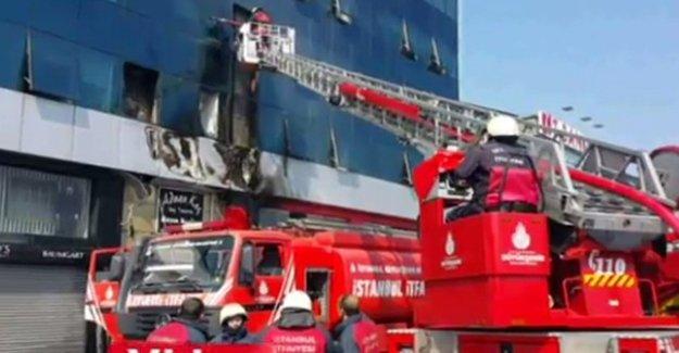 MHP İl Başkanlığı Binasında Yangın