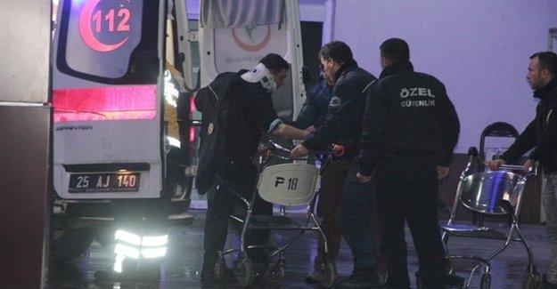 Polis Midibüsü Yan Yattı: 18 Yaralı