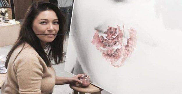 Ressam Nurgül Atölyede