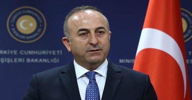'Türk Ataşe Bir Arka Vagondaydı'