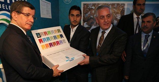 Başbakan'dan Eyüp Belediyesi'ne Ödül