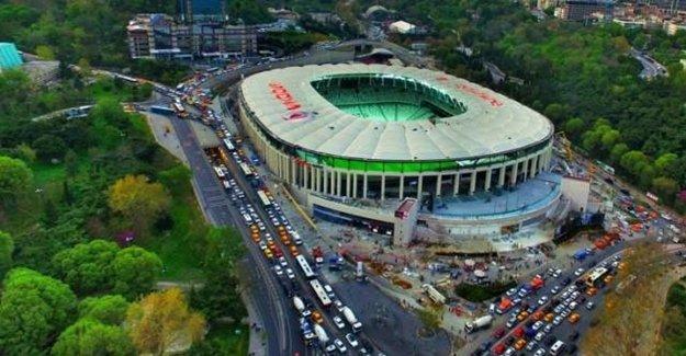 Beşiktaş Taraftarından Kulübe Büyük Tepki