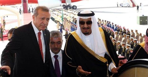 Erdoğan, Kral Selman'ı Karşıladı