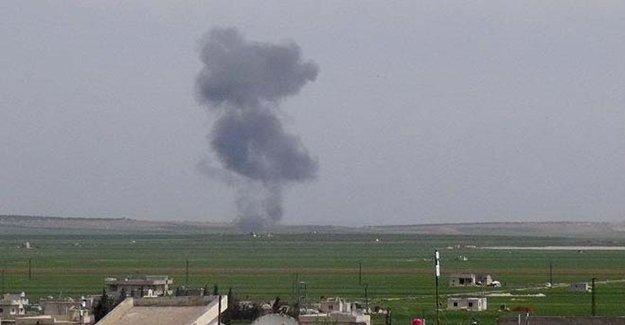 Flaş! Suriye'de Savaş Uçağı Düşürüldü!