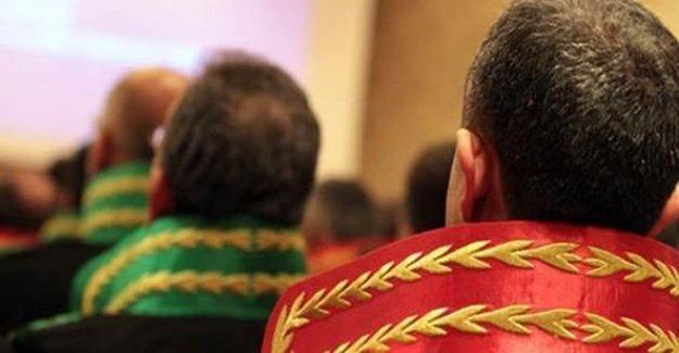 Hâkim, Savcı Ve Avukatlar İçin Yeni Düzenleme Geliyor...