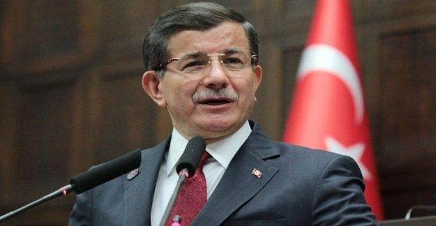İran Başbakan Davutoğlu'nun Konuşmasını Canlı Yayınladı