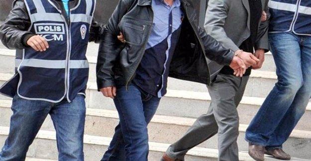 Mardin'de HDP Ve BDP'li Eş Başkanlar Cezaevine Gönderildi