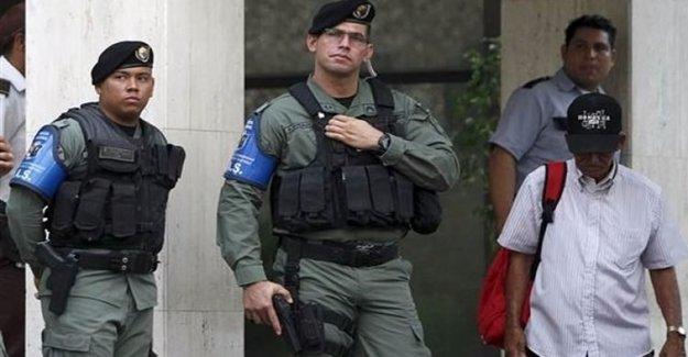 Mossack Fonseca'ya Polis Baskını!