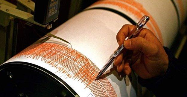 O Ülke 6,2 Depremle Sarsıldı