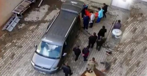 Toprak Evin Damı Çöktü! 3 Çocuk Öldü!