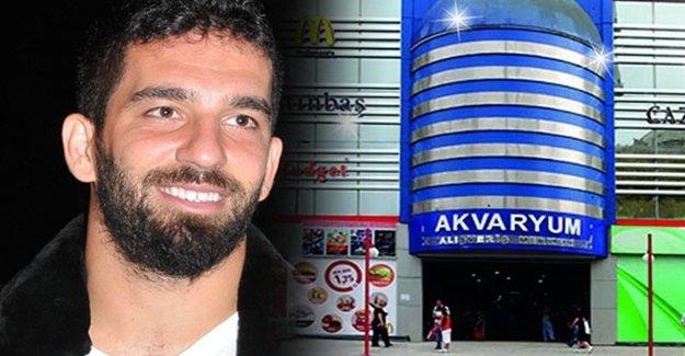 Ünlü Futbolcu Arda Turan'dan Bayrampaşa Atılımı