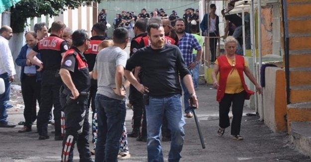 200 Kişilik Mahalle Kavgasından 4 Tutuklama Çıktı
