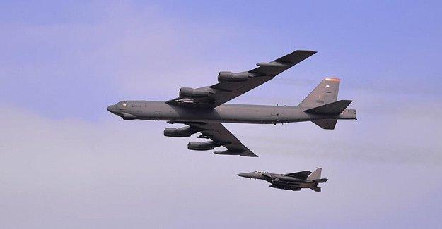 ABD'nin Bombardıman Uçağı Düştü! 7 Mürettebat...