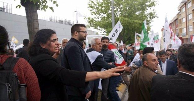 Bakırköy'de HDP'li Gruba Sert Müdahale