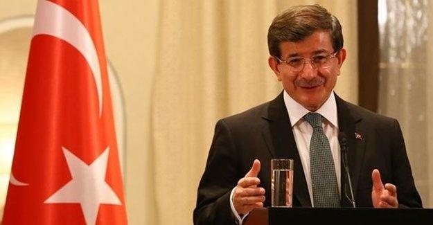 Başbakan Davutoğlu Önceki Soyadını İlk Kez Açıkladı