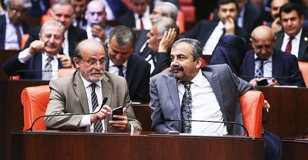 HDP'li Terör Sözcülerinin Vekilliği Tehlikede!